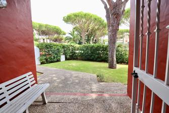 garden-entrance-door-plot-ref06.jpg