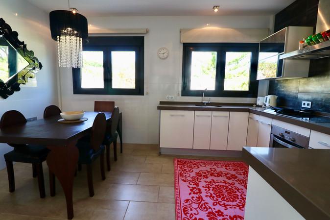 dining-table-modern-kitchen-ref159jpg