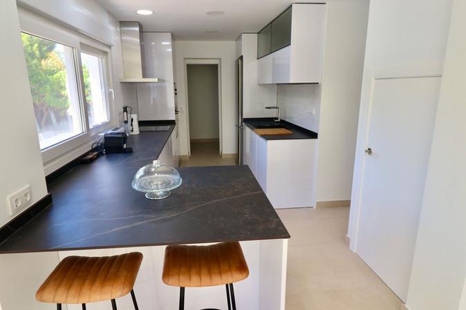 luxury-new-kitchen-chairs-ref185.jpg