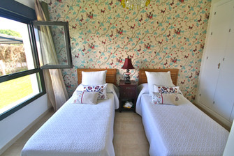 bedroom-single-beds-ref159jpeg