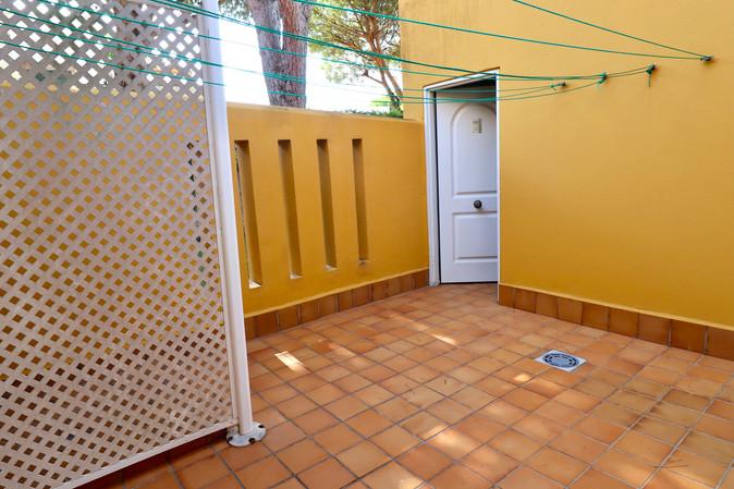 store-room-laundry-ref40.jpg