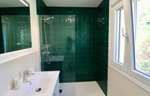 modern-bathroom-view-garden-ref185.jpg