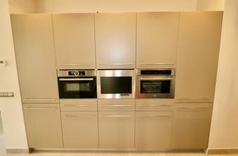furniture-oven-microwells-ref13jpg