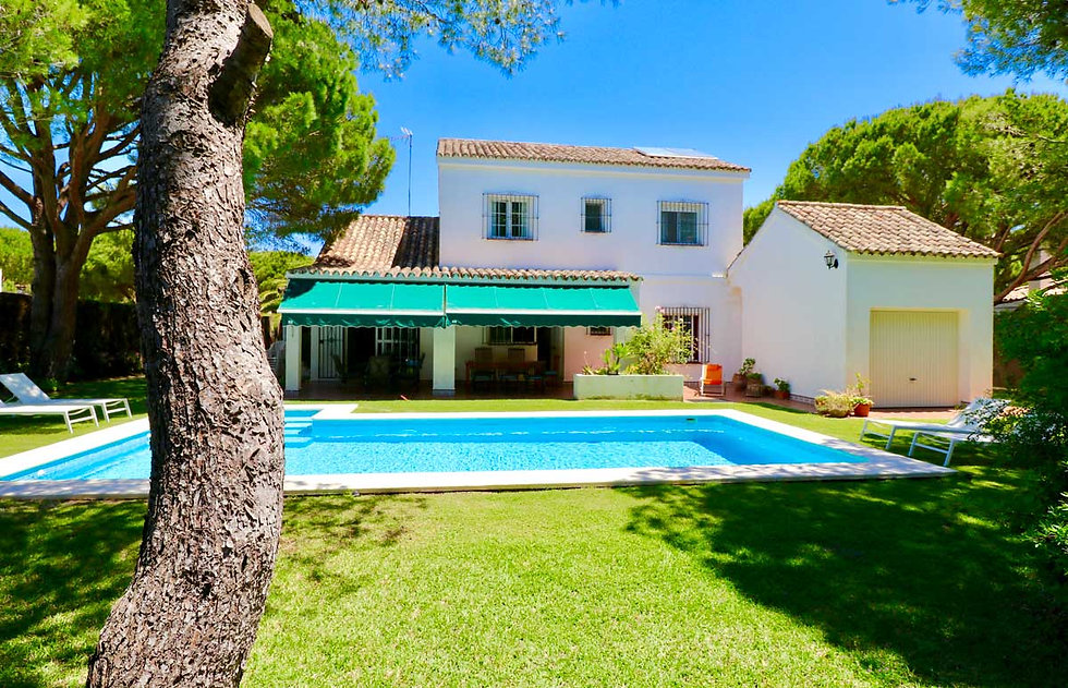 large-pool-holiday-home-garden-refv56.jp