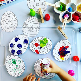 Painting with pom poms!