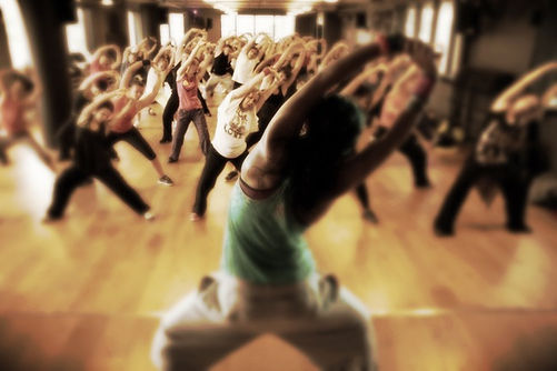 Zumba Arriba dance studio Utrecht, dance school Lunetten Hoograven Salsa Bellydance