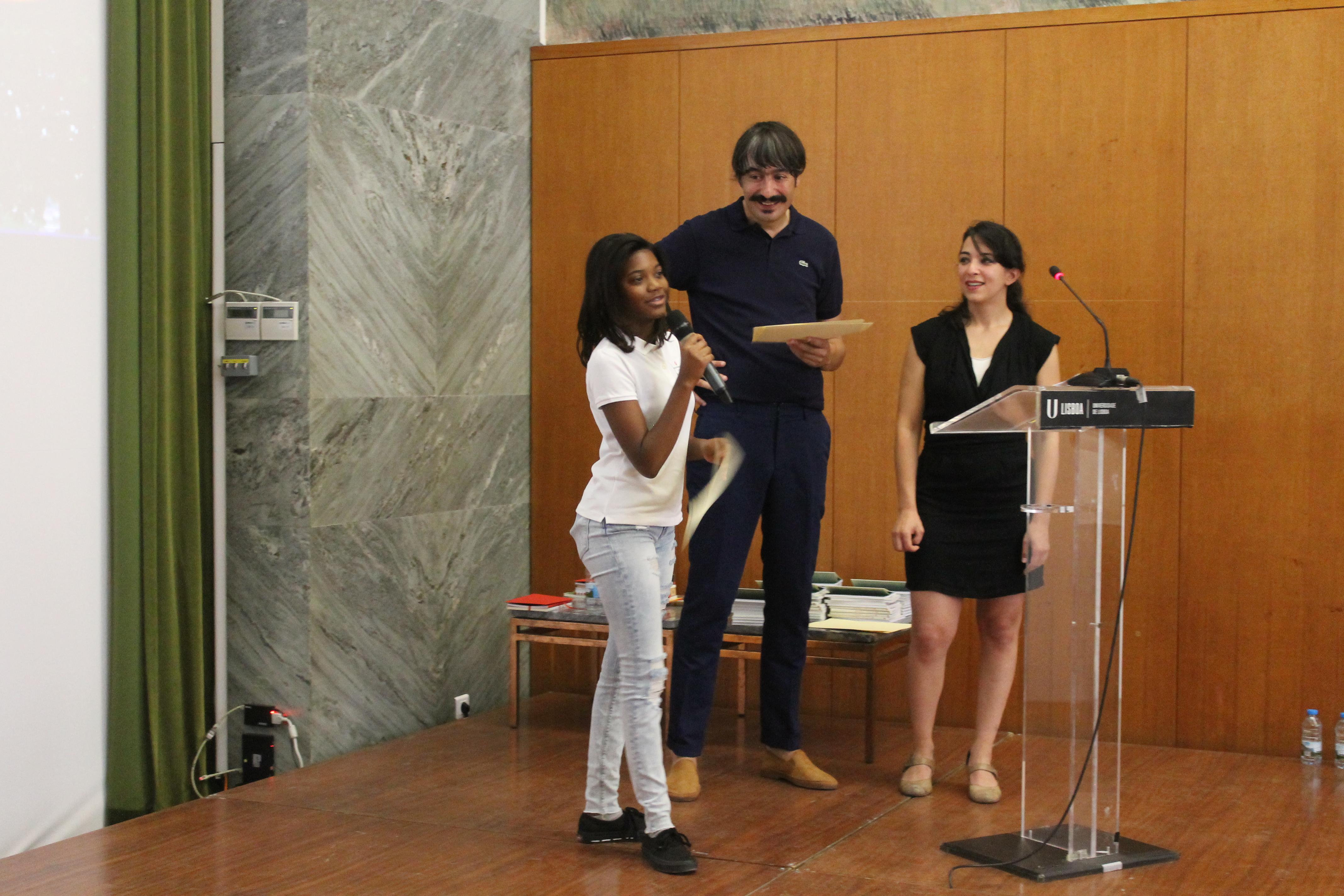 Participação em palco dos autores