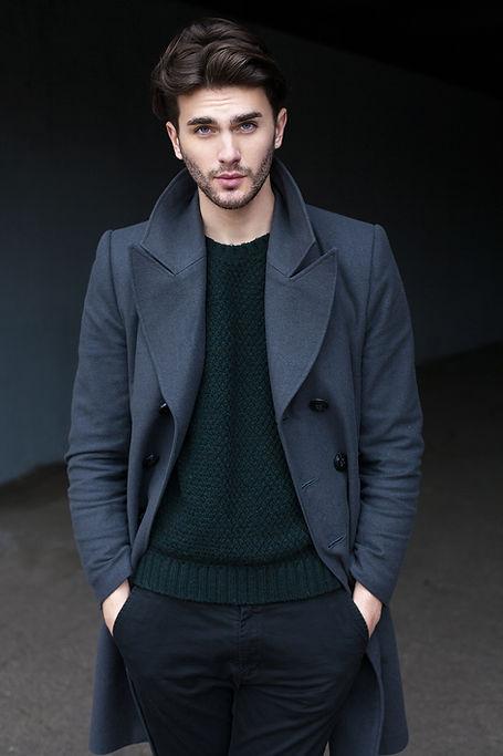 modèle de la mode masculine