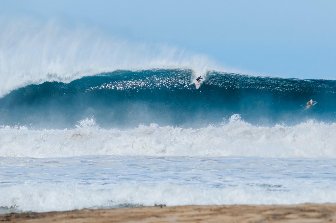 Big wave surfing in Puerto Escondido, Me