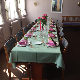 Weekend table 2.jpg