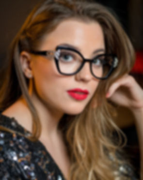 Pier Martino woman frames