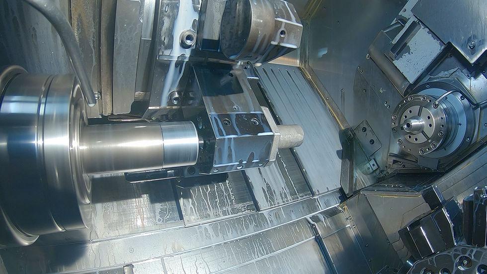 Okuma - Twin Star LT200-M mit Stangenlader