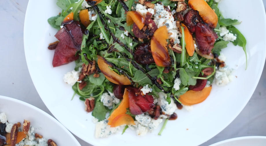 Citrus and goat cheese salad