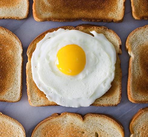 isorepublic-fried-eggs-breakfast-1_edited_edited_edited.jpg