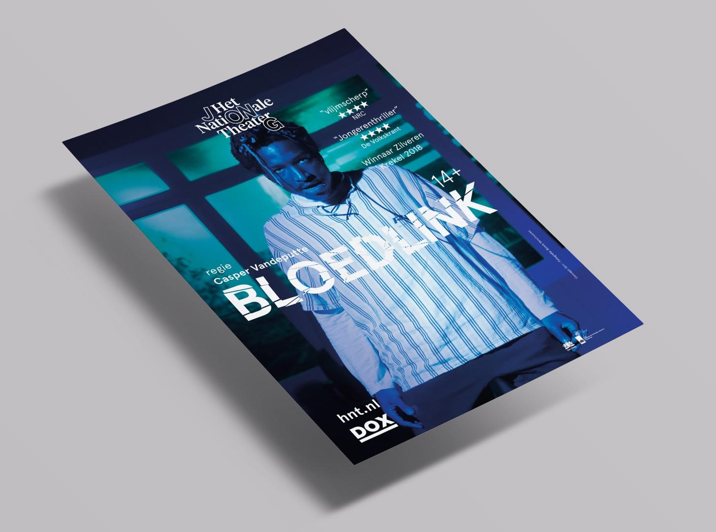 Bloedlink_floating%20flyer%20mockup_edit