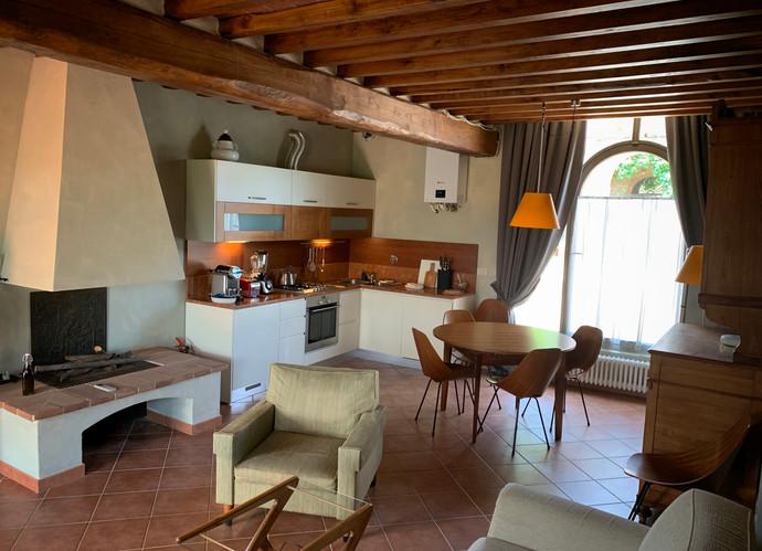 living area + kitchen Begonia.jpg