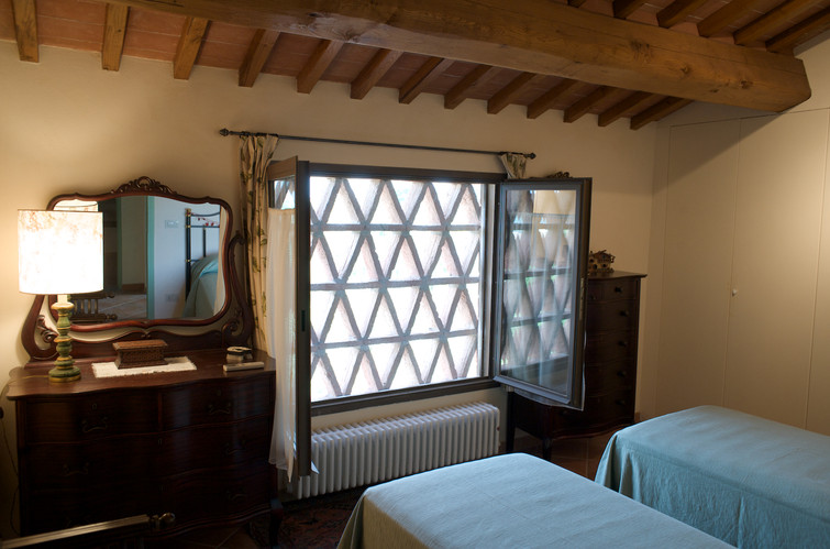 two-single bedroom Begonia.jpg
