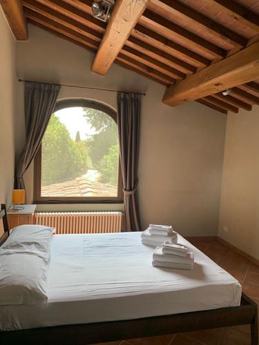 full-size bedroom Begonia.jpg