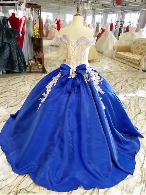 High Quality Premium Gowns Custom Size