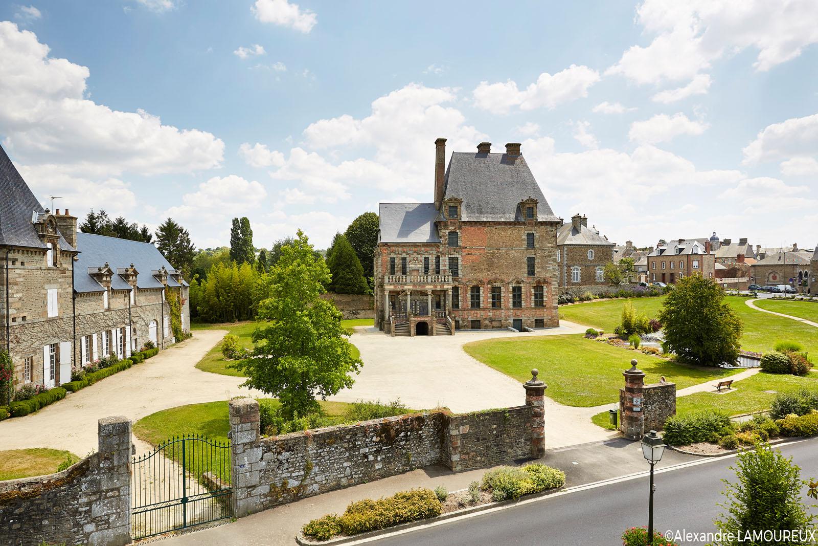 vue arérienne du château
