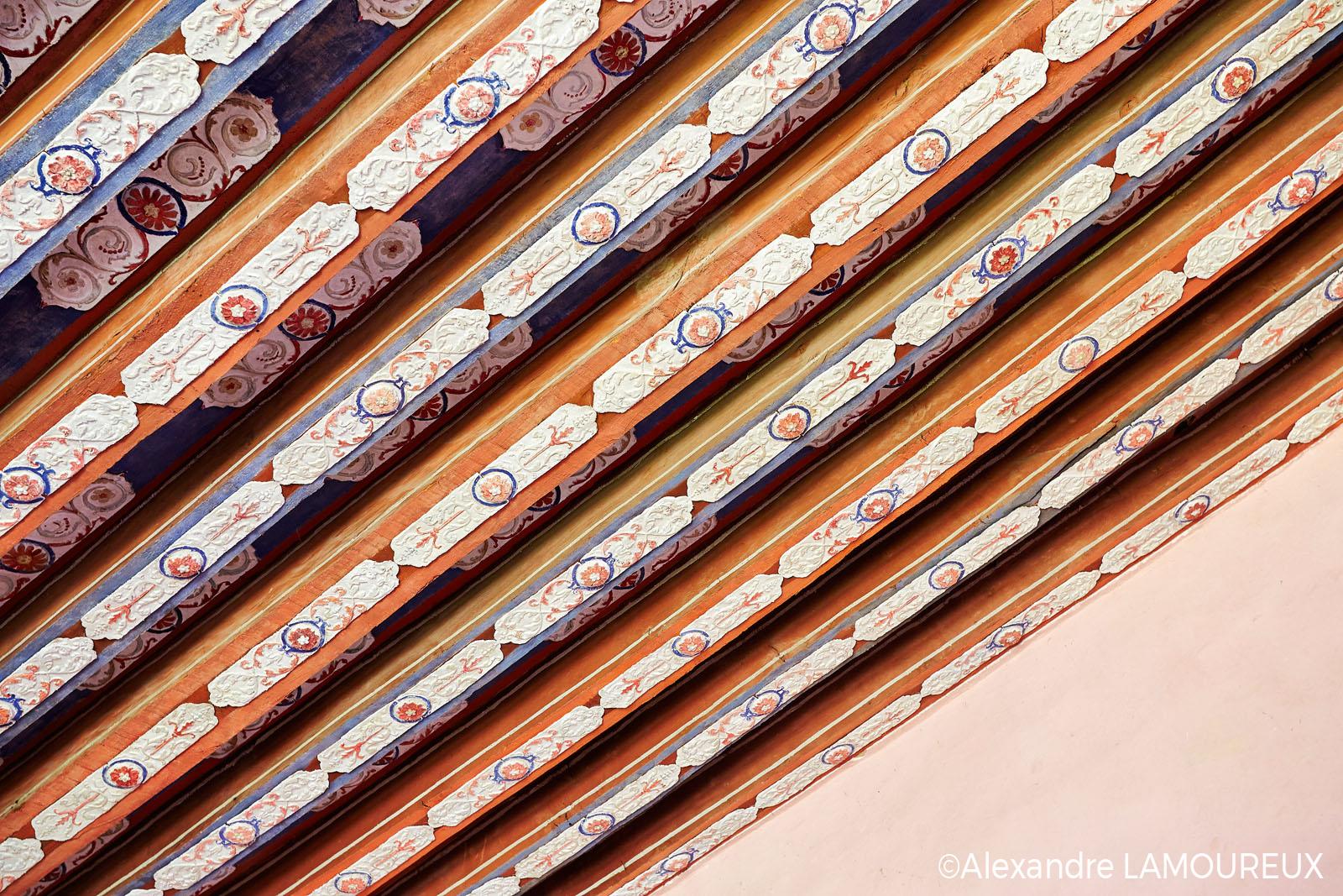 Plafond en papiers mâchés