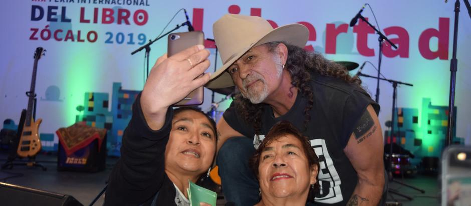 Paco Barrios El Mastuerzo en la XIX FERIA INTERNACIONAL DEL LIBRO, EN EL ZÓCALO, 2019.