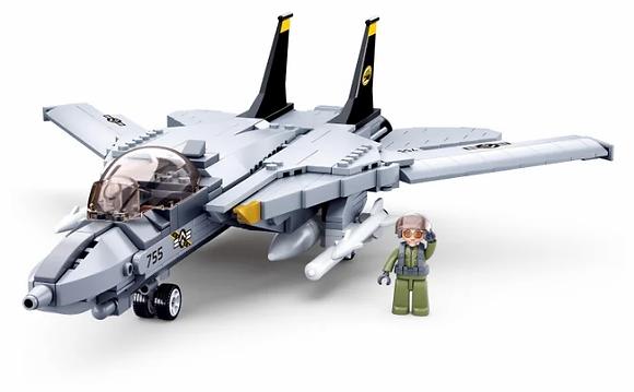 Կոնստրուկտոր՝ Բանակ-մոդել Ռազմական ինքնաթիռ 404կտ