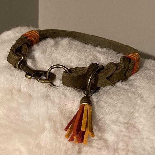 Halsband geflochten Karabiner oliv 15mm