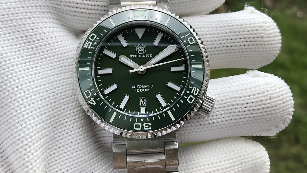 "STEELDIVE SD1976""Green Halios Puck"" Automatic 1000m Dive"