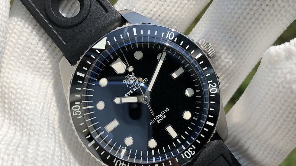 "STEELDIVE SD1965 ""Oris 65"" Automatic 200m Diver Watch"