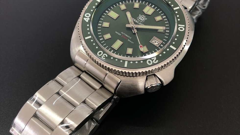 "STEELDIVE SD1970 ""Green Turtle"" Automatic 200m Diver Watch"