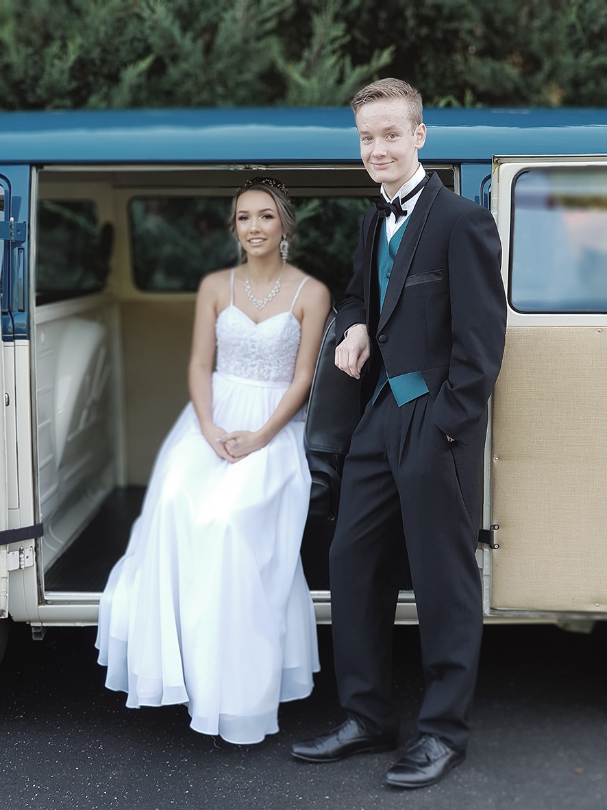 Casey Grammer Debutante Ball - Photo's by Kombi & Beetle Wedding & Debutante Car Hire (15)