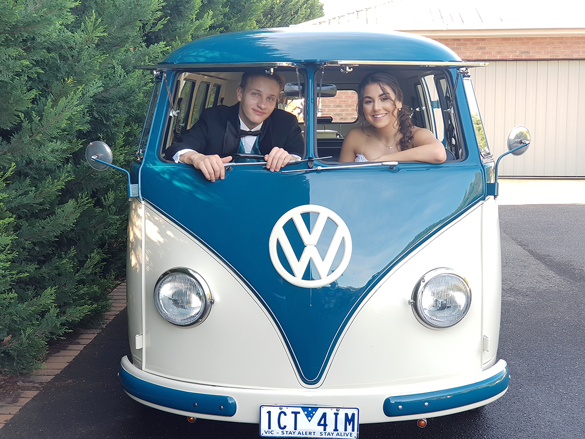 Casey Grammer Debutante Ball - Photo's by Kombi & Beetle Wedding & Debutante Car Hire (8)
