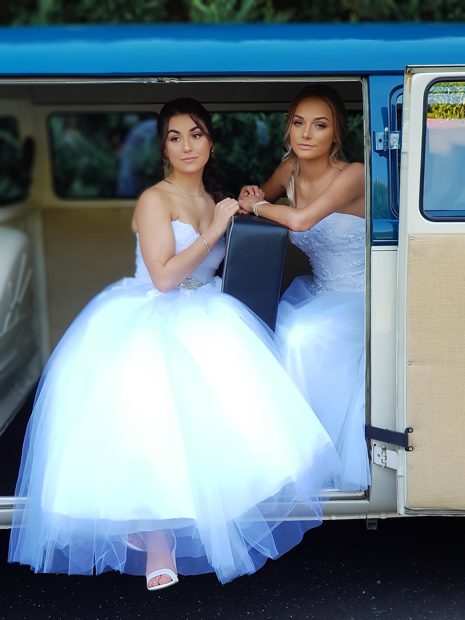 Casey Grammer Debutante Ball - Photo's by Kombi & Beetle Wedding & Debutante Car Hire (30)