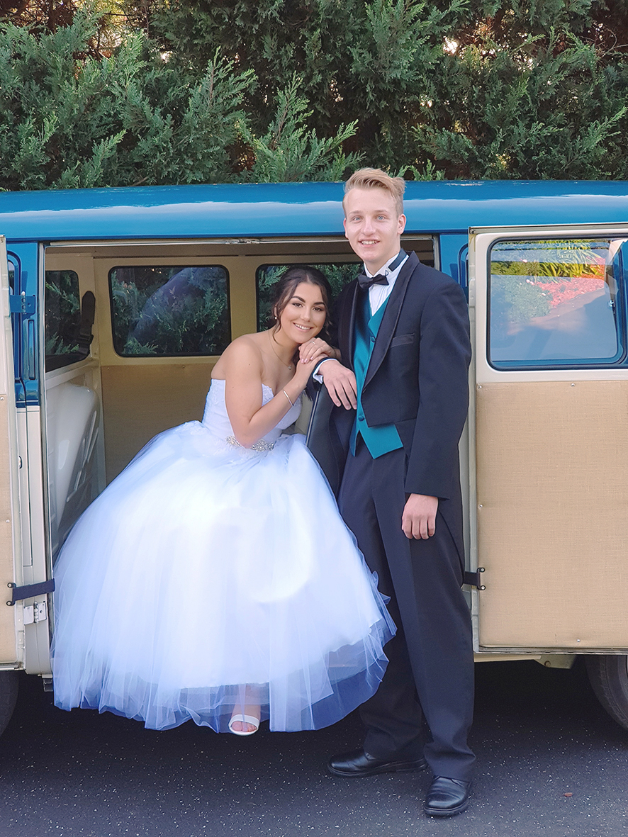 Casey Grammer Debutante Ball - Photo's by Kombi & Beetle Wedding & Debutante Car Hire (4)