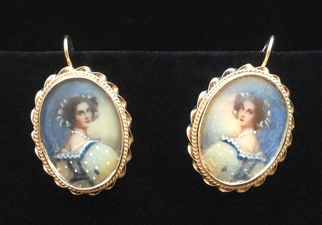 Victorian-Earrings-front1.jpg