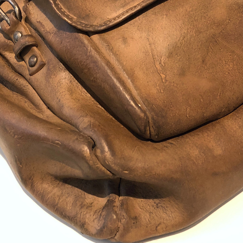 Sand Backpack corners & edges