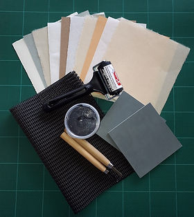 Onlino art class kit.jpg