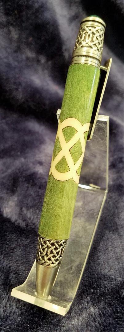 Celtic Knot Single