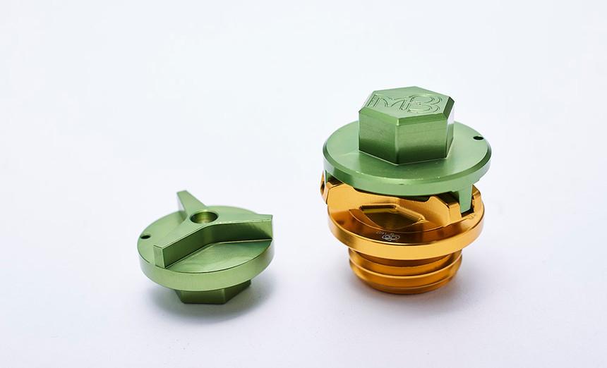 pro13_GP C63 Oil Cap Screw07.jpg