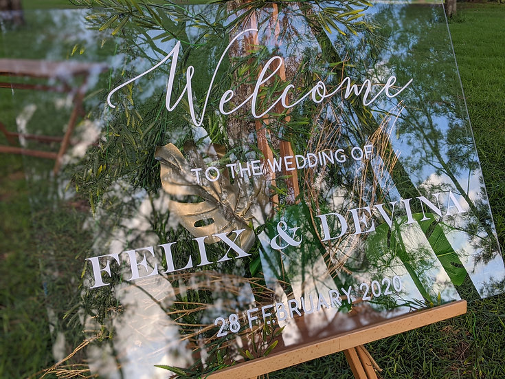 Hand-Cratfed Personalised Welcome Sign (To HIRE)
