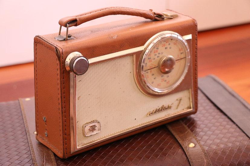 Vintage STC Transistor 7 Portable Radio