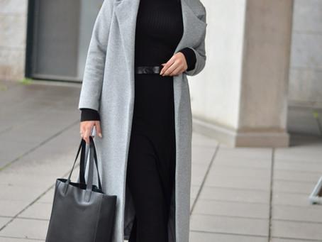 Outfit: schwarzes Midi Strickkleid