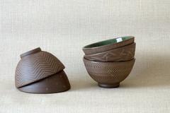 象嵌青磁釉碗