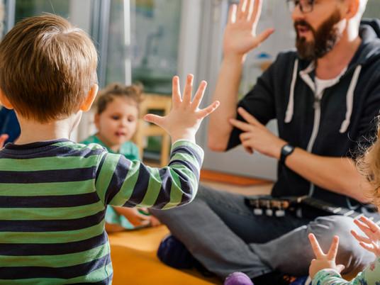 Apprendimento precoce del tedesco per un buon inizio scolastico per tutti i bambini