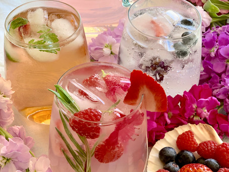 Floral Ice Cubes for Mother's Day!