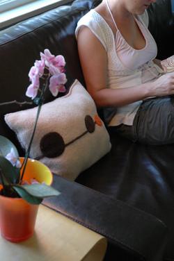 Metroline Pillow