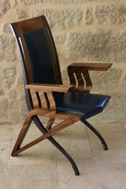 PEGASUS CARVER DINING CHAIR
