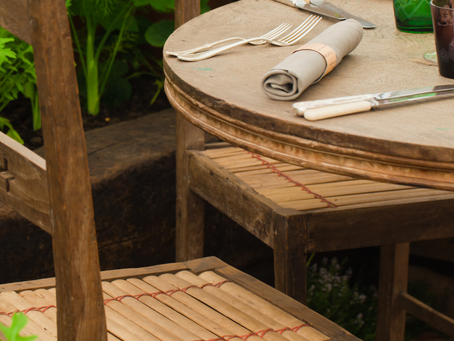 Outdoor DIY: How to Resurface Tabletops Using Concrete or Tile
