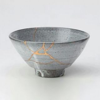 When your heart is shattered - Japanese art of Kintsugi